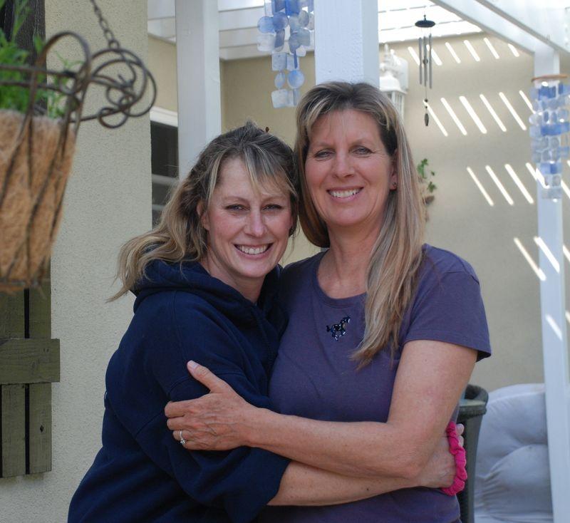 Dina&Diana2-8-14